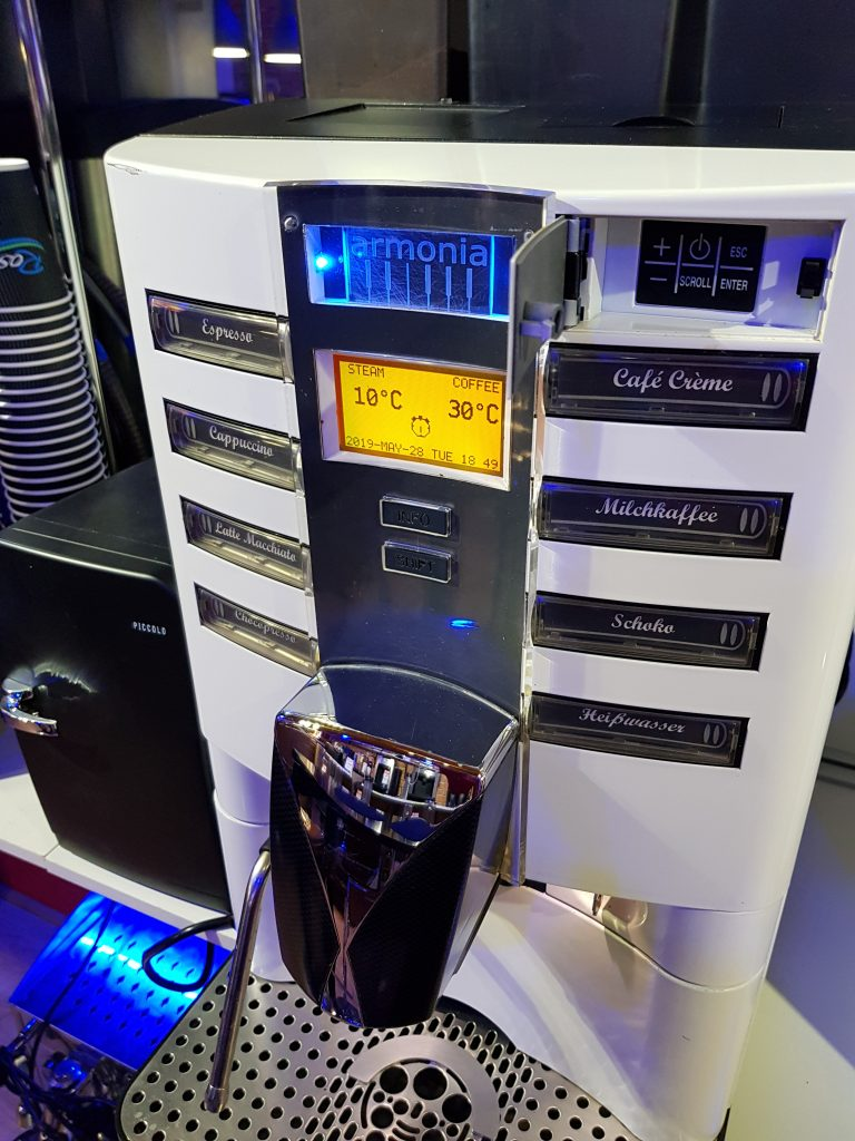 Bean to cup coffee machine CARIMALI ARMONIA SELF LM & Milk Fridge